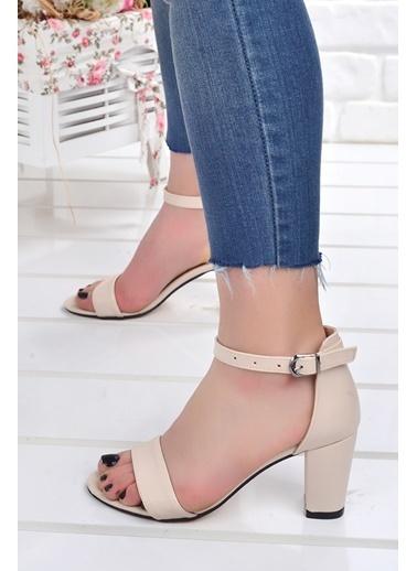 Ayakland Ayakland Bsm 62-7 Cilt 7 Cm Topuk Bayan Sandalet Ayakkabı Ten